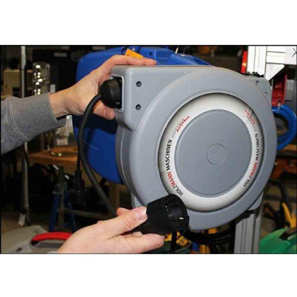 enrollador-electrico-holzman-ekr15m-montado